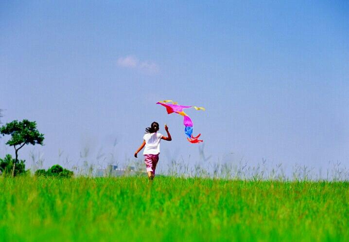 春天来了放风筝卡通图图片展示