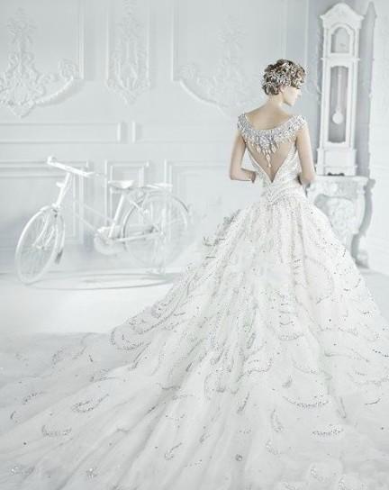 12星座的专属婚纱