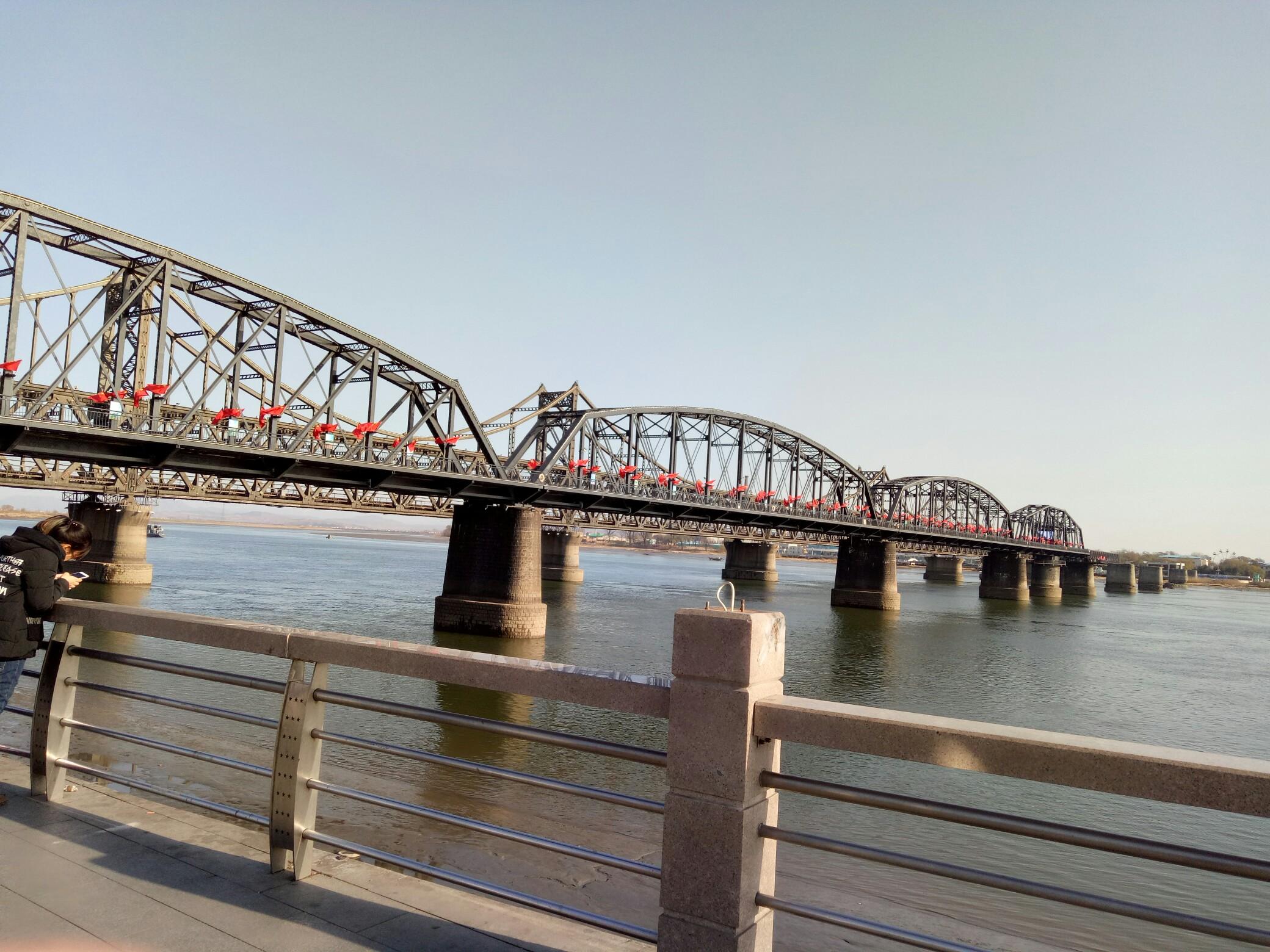 断桥涂色简笔画