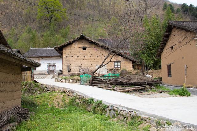 古建筑土屋木雕刻