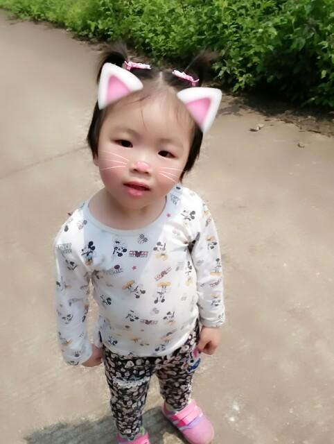 可爱宝贝萌萌的!