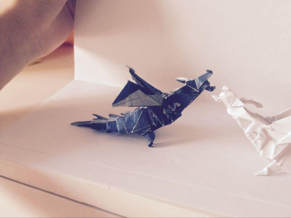 折纸——喷火龙与玫瑰千纸鹤
