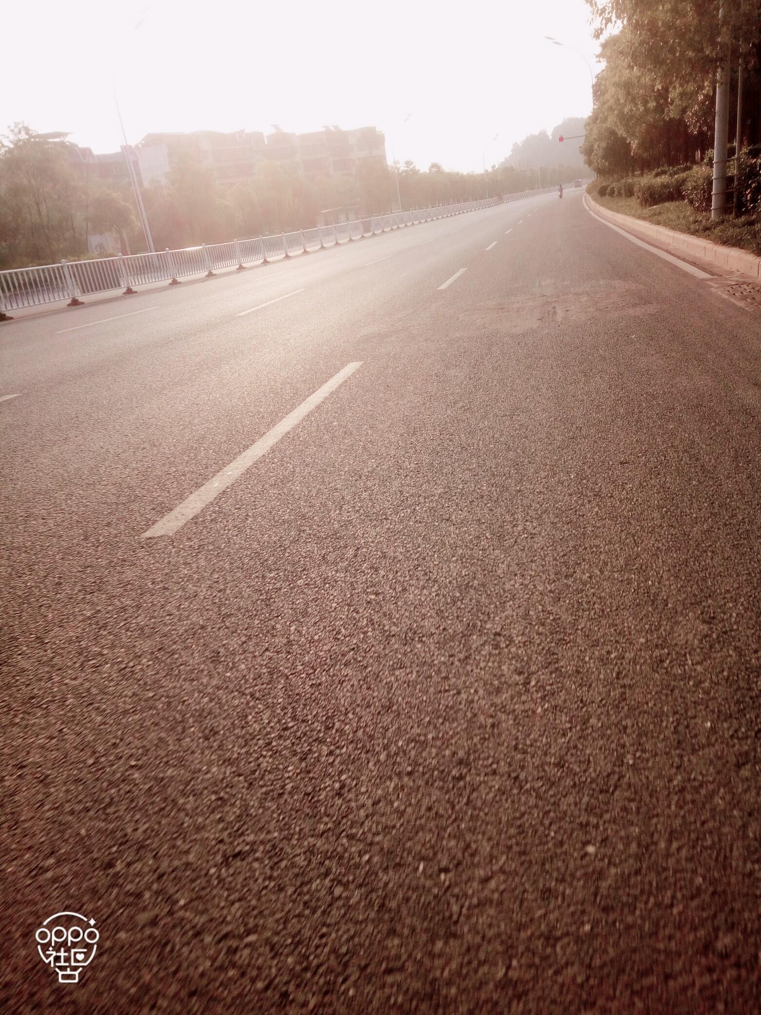 长长的路,慢慢的走